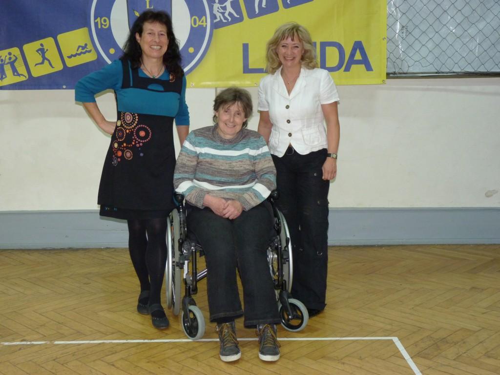 Die alte und neue Vorstandschaft im Jahr 2014: Angelika Tolle-Rennebarth, Anni Miller und Beate Hehn (von links nach rechts).