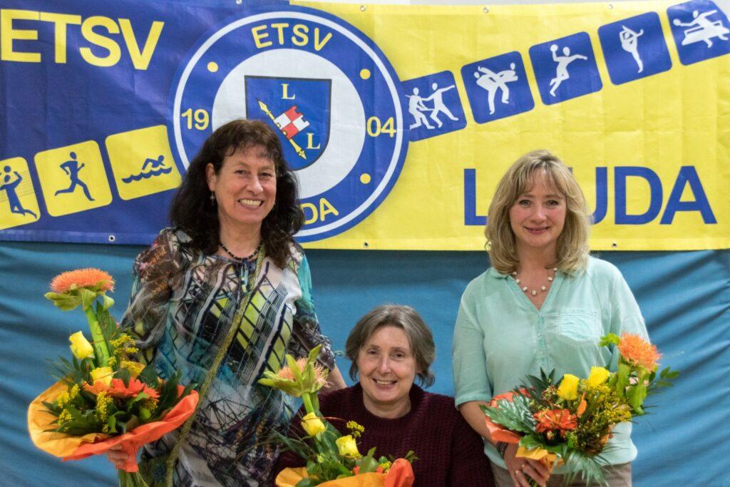 Der Vorstand des ETSV Lauda im Jahr 2016 (von links nach rechts): Angelika Tolle-Rennebarth (Kassier), Anni Miller (1. Vorsitzende) und Beate Hehn (2. Vorsitzende).